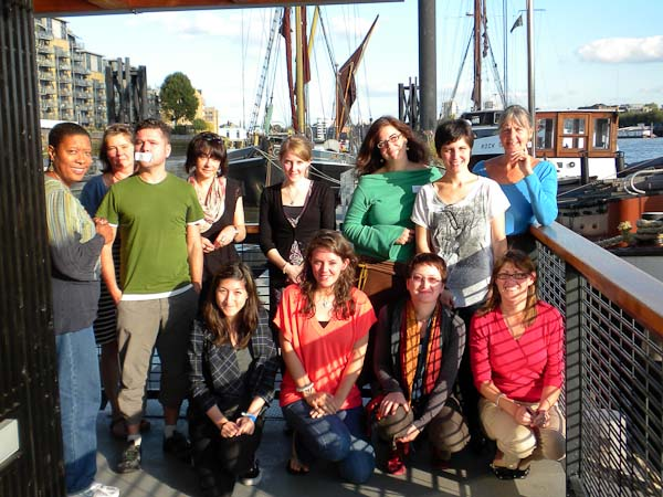 Image Volunteers at Hermitage Moorings Wapping joining a Sense of Place