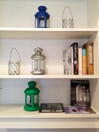 Image of Cinnamon Coffee Shop Wapping book shelf